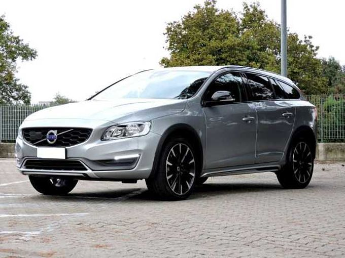 Volvo V60 Cross Country D4 PLUS AUTOMATICA